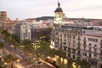 New commercial space in Eixample area in Barcelona